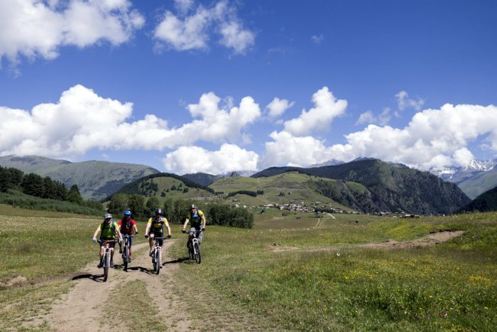 Mountain Bike Reisen Georgien mit Kaukasus-Reisen